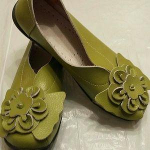 Flats - Leather Green Flats NWOT